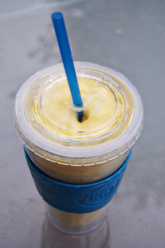mango smoothie 1