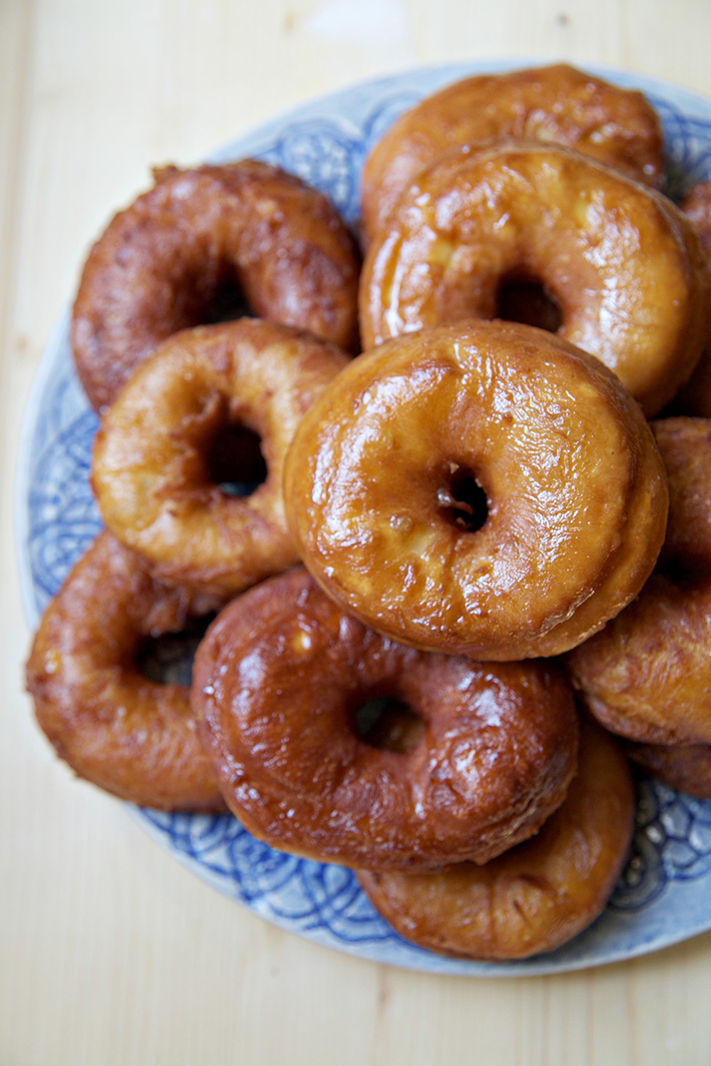 Apple Cider Donuts - biscuits and such